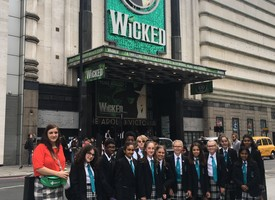 Music trip to see wicked 01