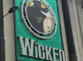Music trip to see wicked 03