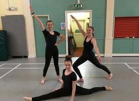 Gcse dancers 02