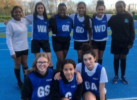 Year 7 and 8 girls netball team photo 01