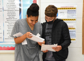 Gcse results day 2020 photo 03